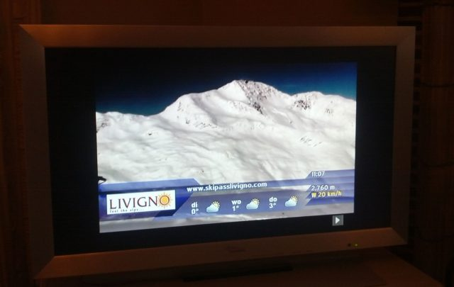 Watching live video webcam stream (tv broadcast) in the Alps during your morning coffeebreak